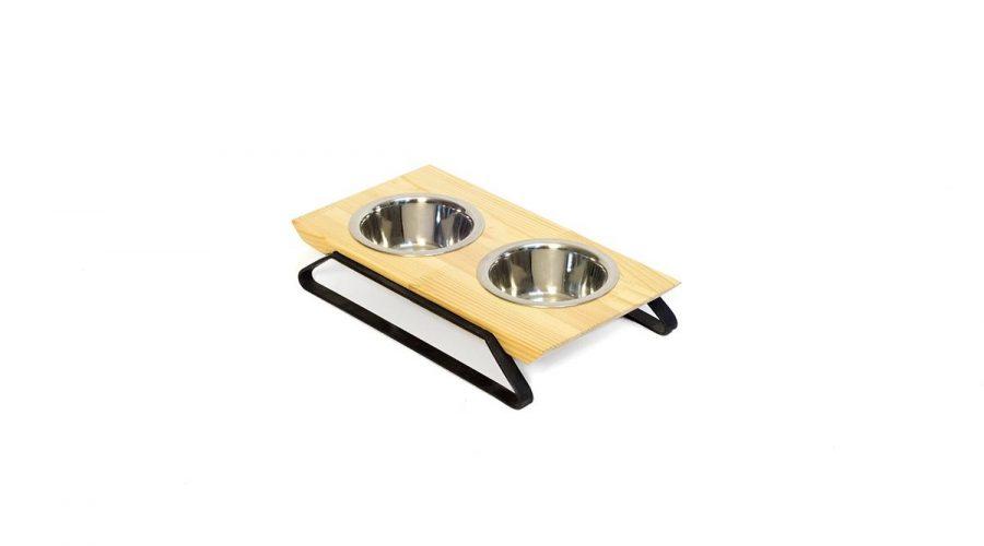 Μπολ φαγητού σκύλου-γάτας με βάση